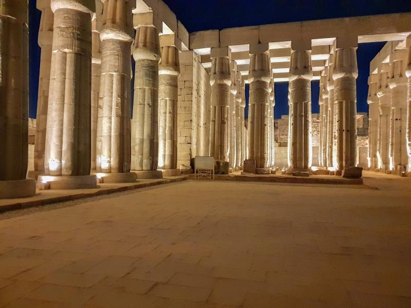 Luxor-Tempel am Abend